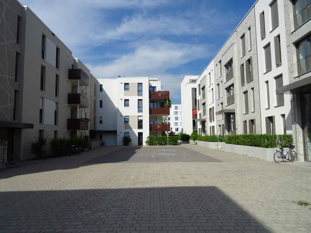 wohnen in der bahnstadt in heidelberg immobilienmarkt heidelberg. Black Bedroom Furniture Sets. Home Design Ideas