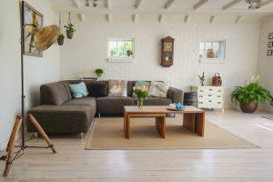 Räume In Schlauchform Oder Dachschrägen? Mit Unseren Tipps Können Sie Ihr  Zuhause In Eine Oase Des Wohlfühlens Verwandeln. Mit Einem Kleinen Aufwand  Und ...